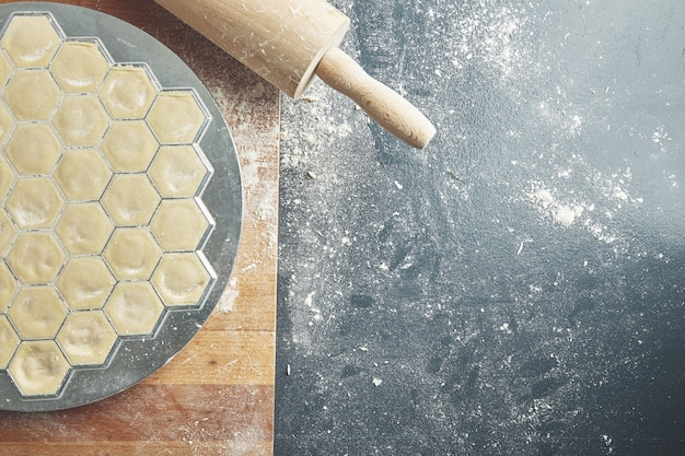 Processo di preparazione dell'impasto per gnocchi fatti in casa