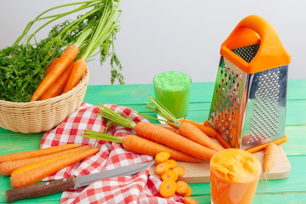 Process of making juice, process preparation of fresh juice, carrot juice