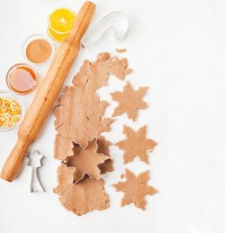 Процесс выпечки печенья в домашних условиях