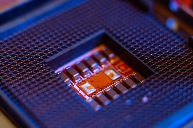 프로세서 및 마더보드 컴퓨터 두뇌 요소 첨단 기술