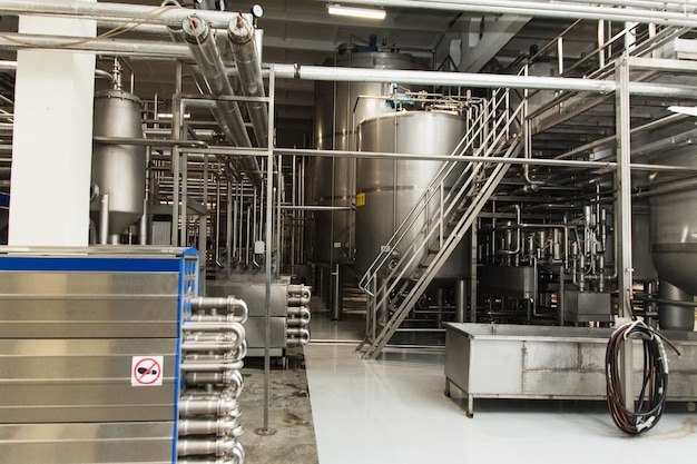 Production of beer, juice, fluids in metal tanks, pipes. industry