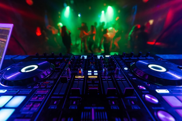 Professional dj mixer controller for mixing music in a nightclub