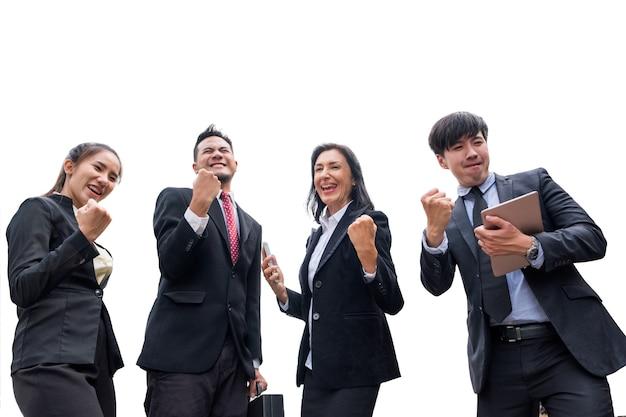 Профессиональная группа деловой человек, подняв руку вверх, будет рад успеху на белом фоне