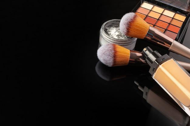 Профессиональные кисти и инструменты для макияжа, набор косметики