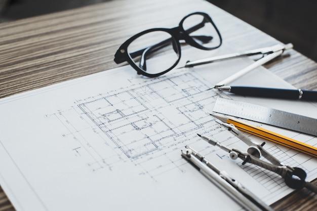 プロジェクト図面とツール、クローズアップ