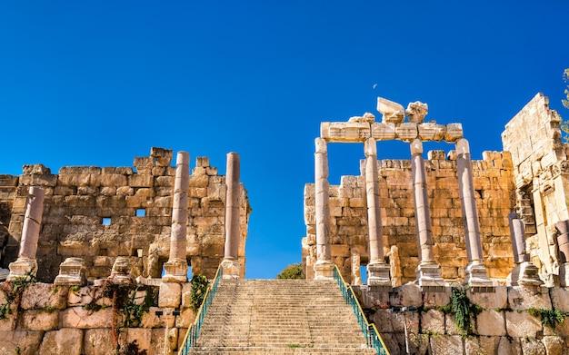 レバノンのバールベックにある木星の神殿のプロピュライア