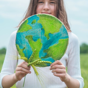 Защита и любовь к представлению земли