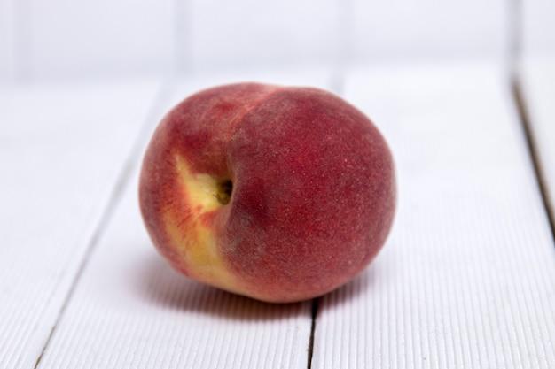 モモ(prunus persica)