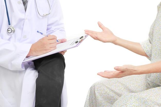 Psychiatrist talk to the patient