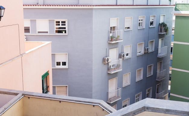Общественные здания. внешний вид зданий