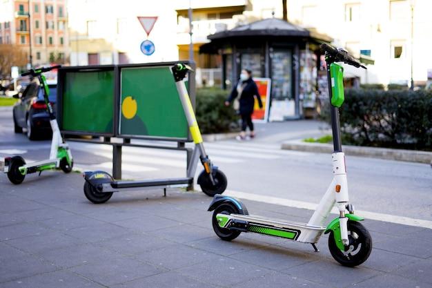 공공 전자 스쿠터 생태 도시 교통
