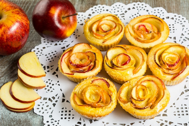 Puff apple shaped roses muffins