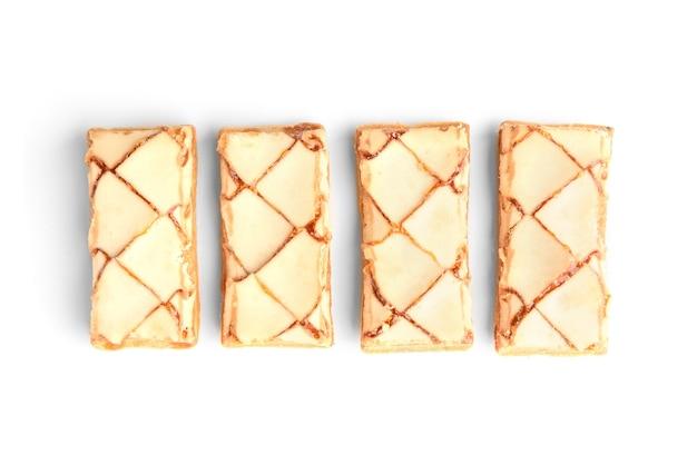 白で隔離のパフクッキー。