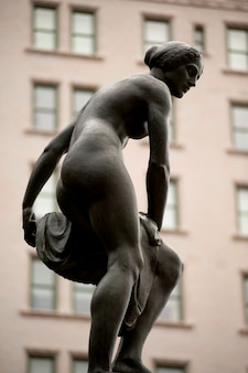Фонтан пулиццера в манхэттене, нью-йорк, сша