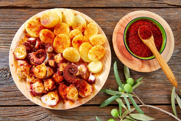 Pulpo a feira with octopus potatoes gallega style