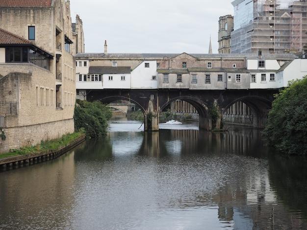 배스의 pulteney bridge