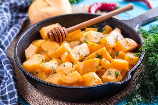 Pumpkin baked in the frying pan