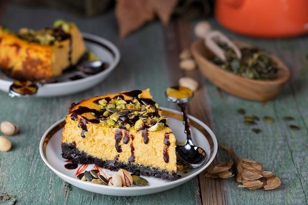 ピスタチオとチョコレートのかぼちゃチーズケーキ