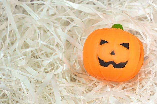 Pumpkin jack on cushioning paper.