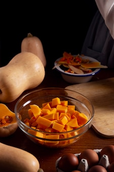 Pumpkin pie making arrangement