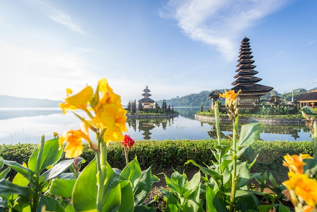 Pura ulun danu beratan temple at sunrise in bali, indonesia