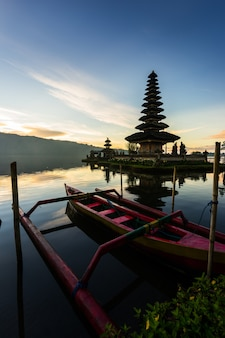 Pura ulun danu bratan temple in bali island. hindu temple in flowers on beratan lake. asia