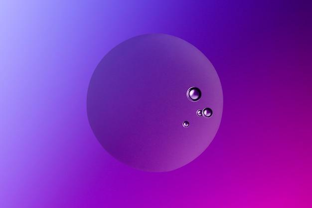 紫の抽象的な背景オイルバブルテクスチャ壁紙