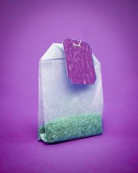 紫のティーバッグ