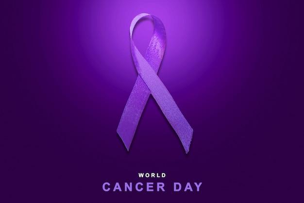 Фиолетовые ленты на цветном фоне. концепция всемирного дня рака