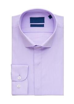白い背景の上の紫色のシャツ、上面図