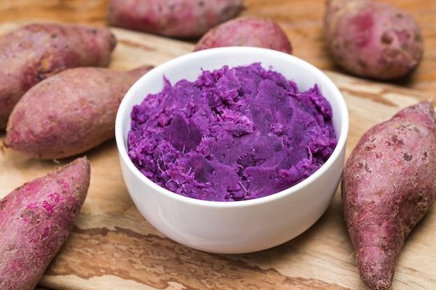 Фиолетовый сладкий картофельный пюре