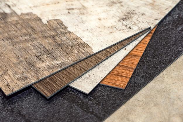 Pvcビニール床。ビニールフローリングのサンプル。ビニールタイルのコレクション。 diyホームアイテム。