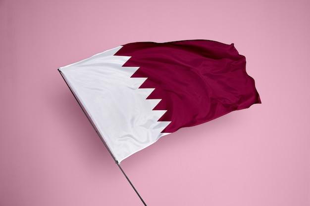 배경에 카타르 국기