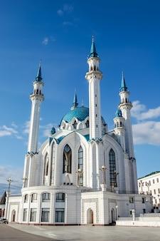 Мечеть кулшариф в казанском кремле, татарстан, россия.