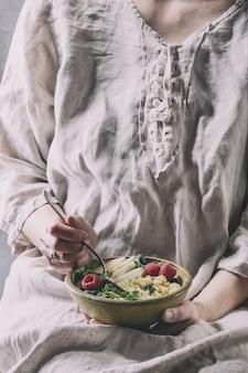 Quinoa salad with kale