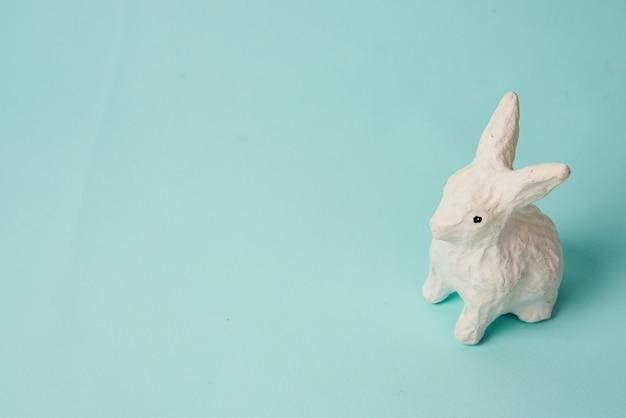 ウサギのステッカーは、手作りの背景風景を分離しました