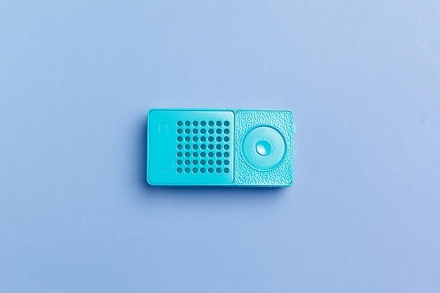 Radio receiver on color