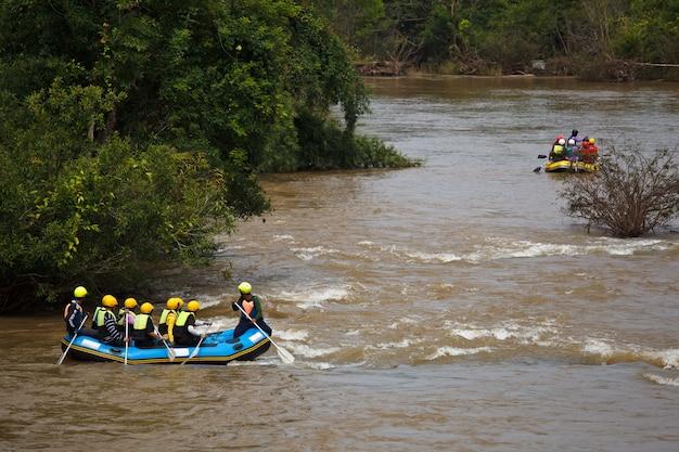 Сплав по реке кхек, северный тайланд