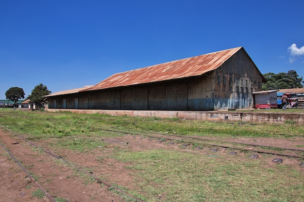Железнодорожный вокзал в городе аруша танзания