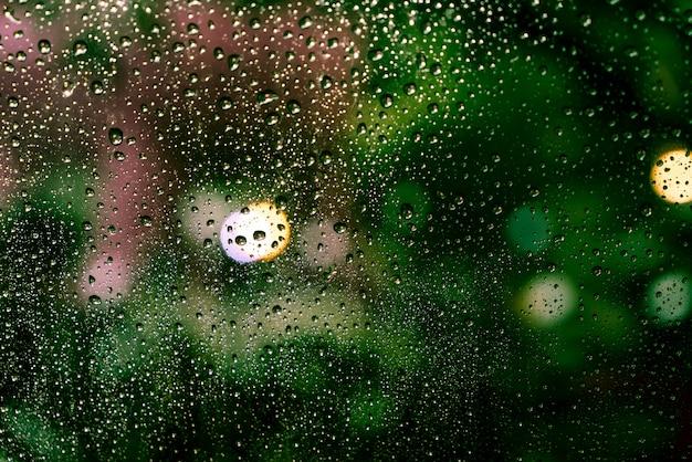 빗방울, 창