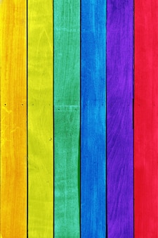 背景に最適な虹色の木板