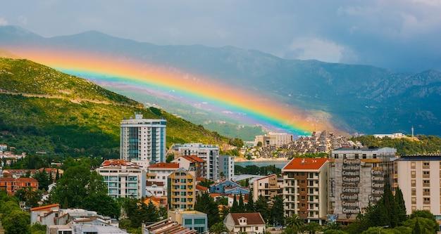 ブドヴァの街の虹