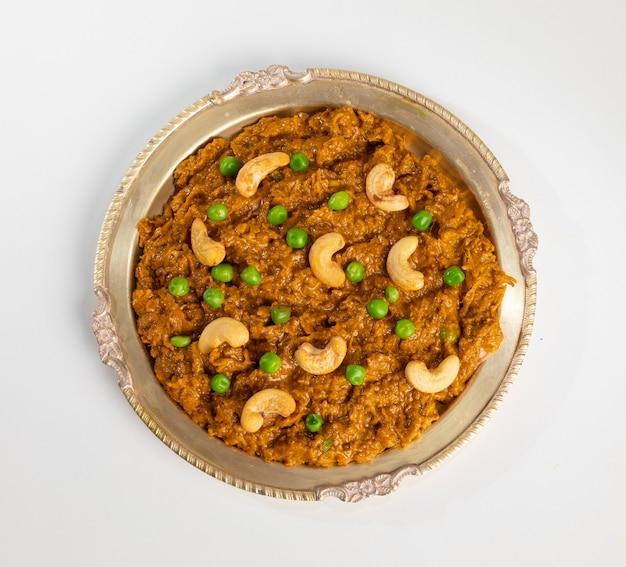 ラージャスターンの伝統料理ハルディサブジ