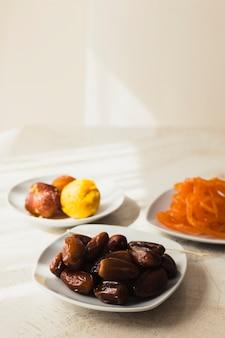 Концепция рамадана с пищей