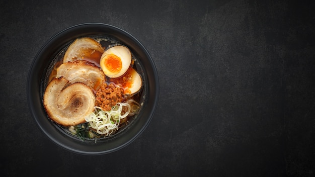 ラーメン麺スープ