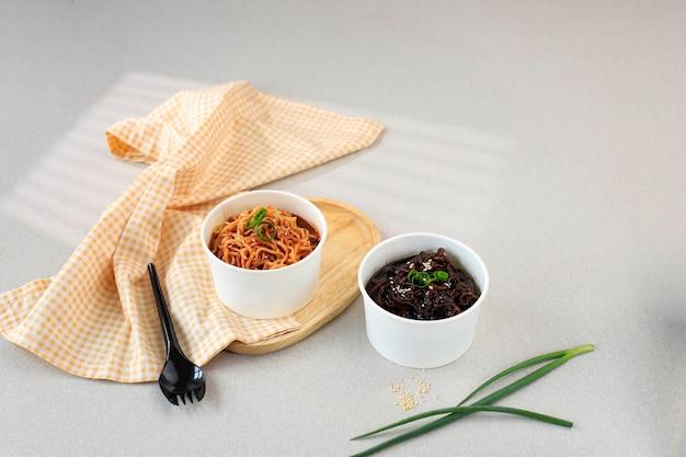 Рамён и чжаджангмён, корейская кухня на вынос