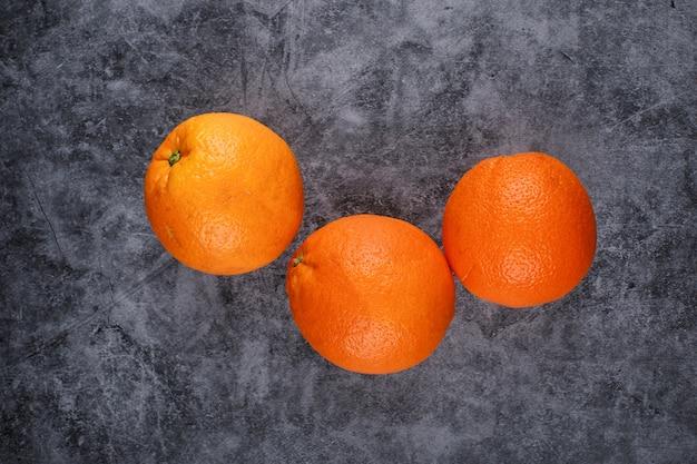 Arance selezionate casuali.