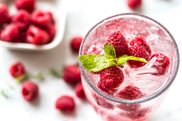 Raspberry mint infused water recipe