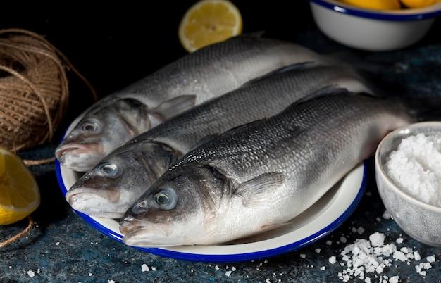 요리 용 생선 모듬