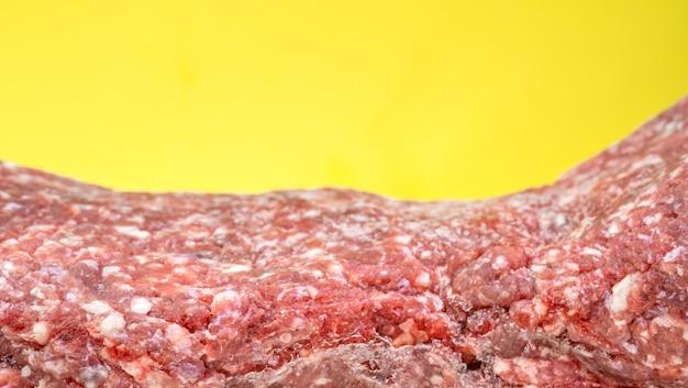 生の新鮮な冷凍ミンチ肉